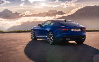 Jaguar F-TYPE R 21MY Velocity Blue Reveal