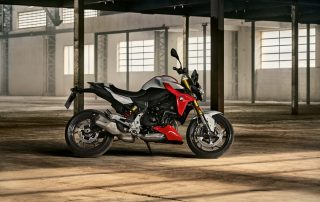 The New BMW F 900 R and F 900 XR