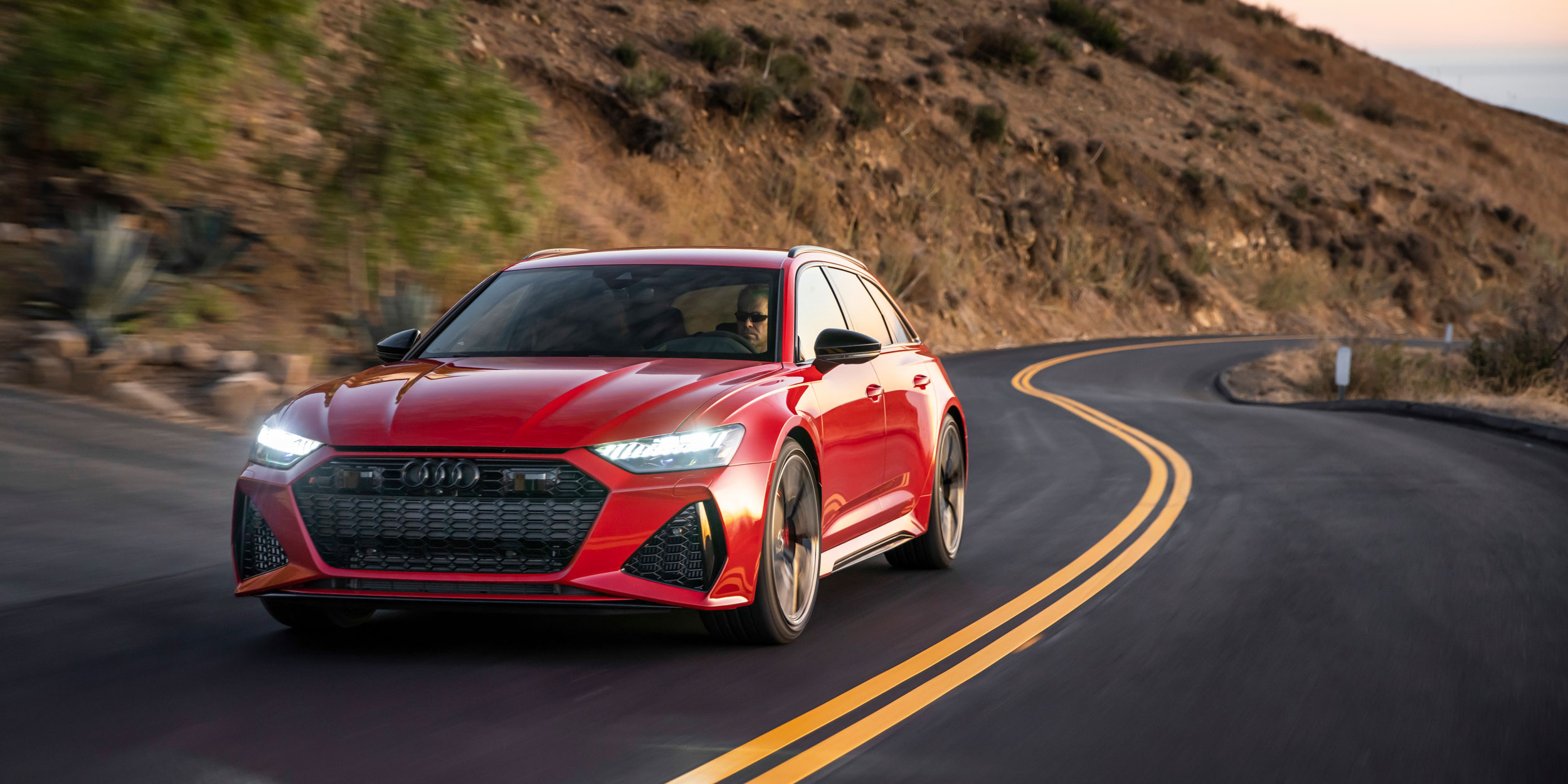 THE ALTERNATIVE CHRISTMAS PERFORMANCE – AUDI RS 6 AND RS 7 SPORTBACK UK PRICING NOW CONFIRMED