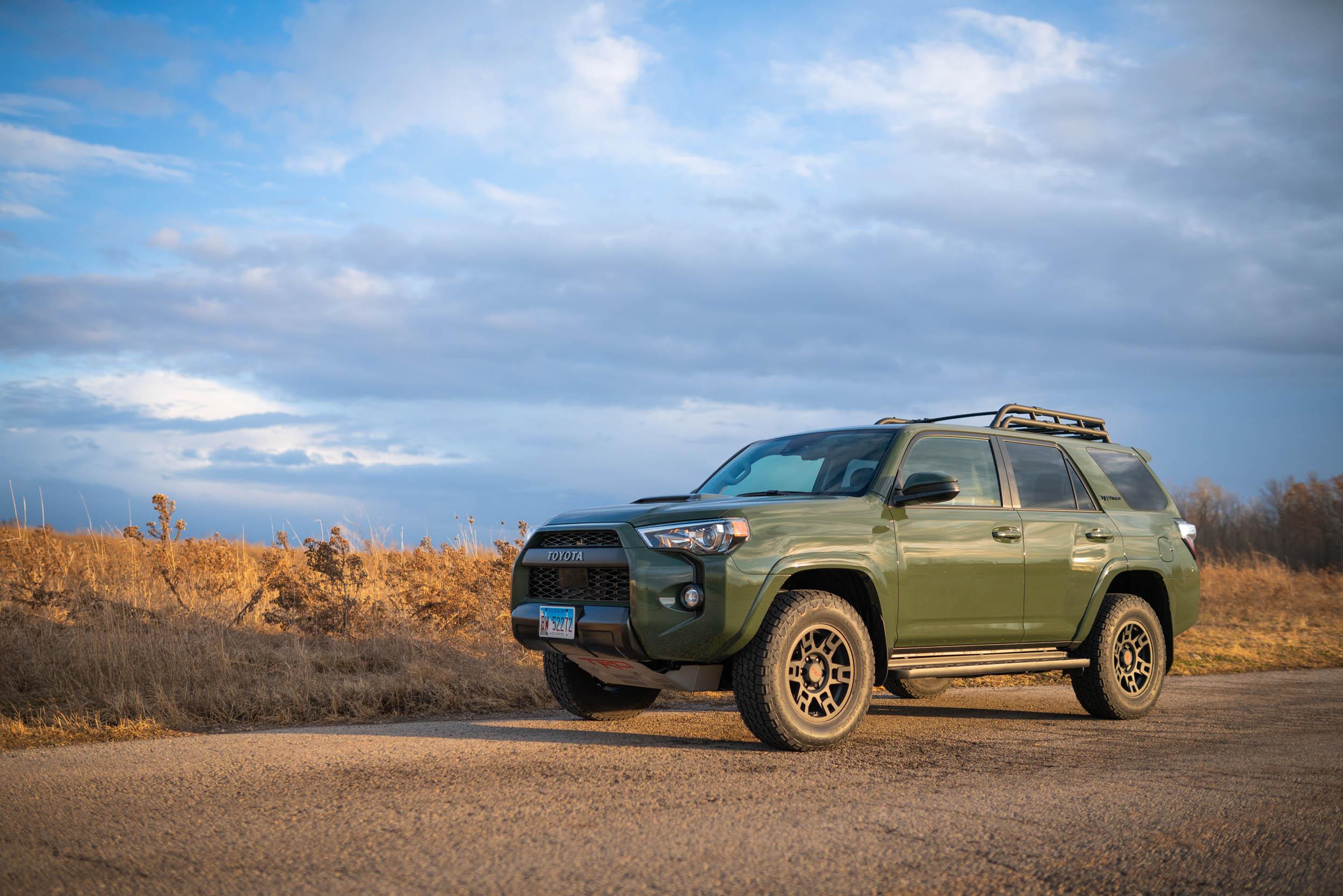 2020 Toyota 4Runner Quarter View