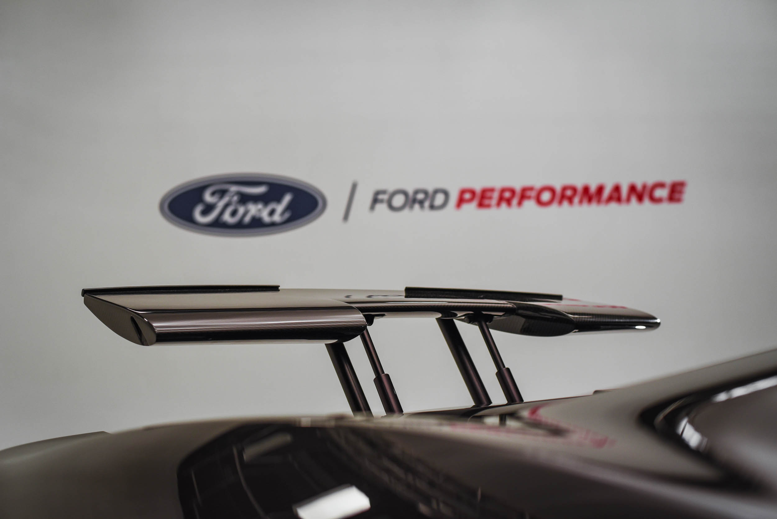 2020 Ford GT Liquid Carbon Fiber