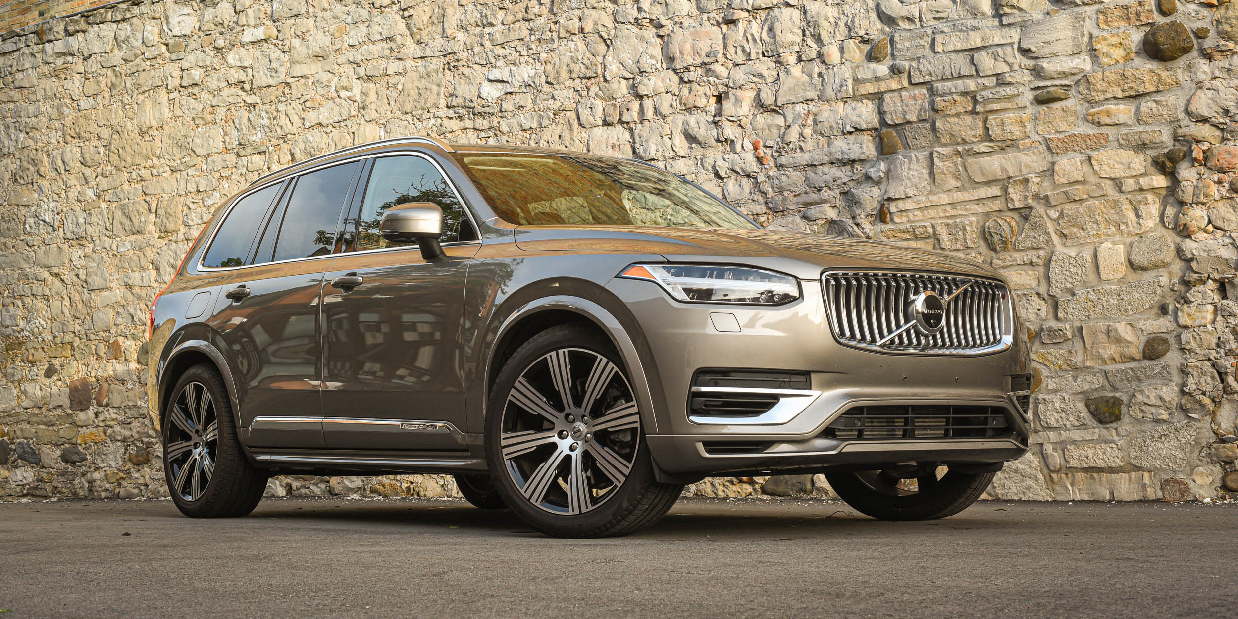 2020 Volvo XC90 T8 E-AWD Inscription