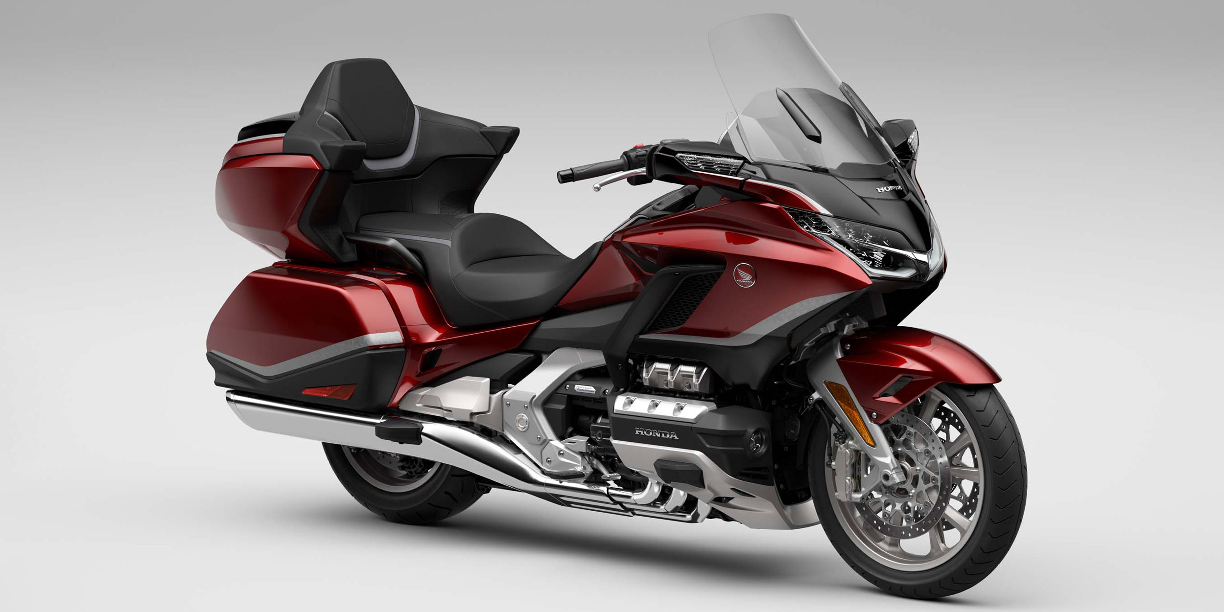 Honda Improves Touring Comfort, Convenience with 2021 Gold Wing